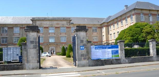 Maison de la Charente-Maritime Pays Rochelais-Ré-Aunis, services soco=iaux du Conseil général
