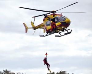 Hélitreuuillage : opération de secours par hélicoptère