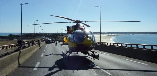 Hélicoptère de secours Dragon 17 (La Rochelle - île de Ré)