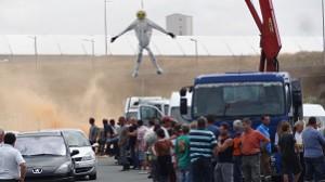 Manifestation : bouchon à l'entrée du pont de Ré