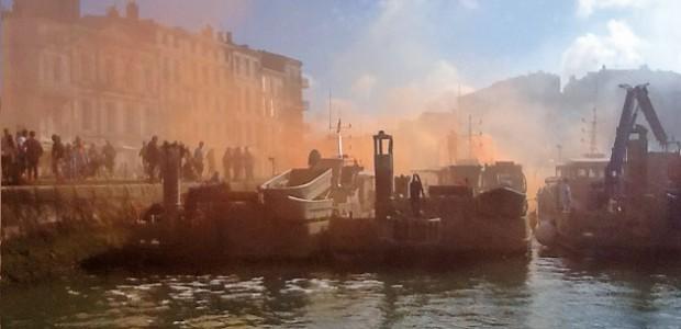 Crise conchylicole : blocage du port de La Rochelle. (c) Dominique Chevillon