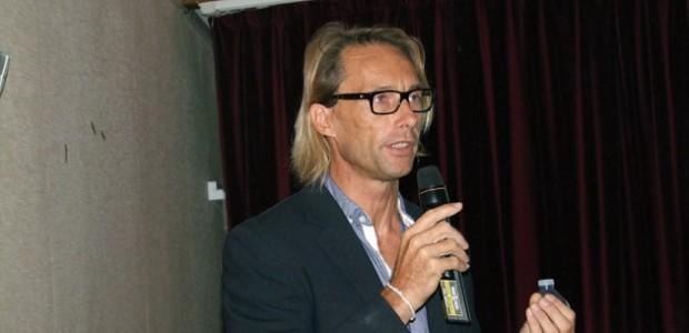 Eric Chaumillon a donné une conférence sur le traiit de côte de l'île d