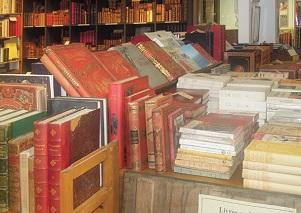 Librairie Quillet sur l'île de Ré, livres anciens