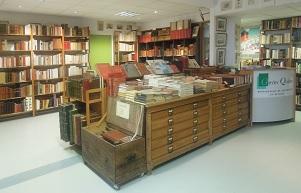 Librairie Quillet : idées cadeaux BD, livres anciens, affiches à Loix (île de Ré)