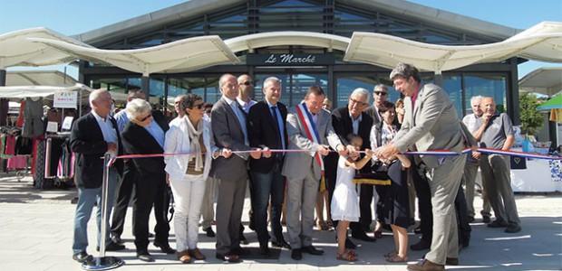 Inauguration du centre-bourg de Rivedoux-Plage devant le marché
