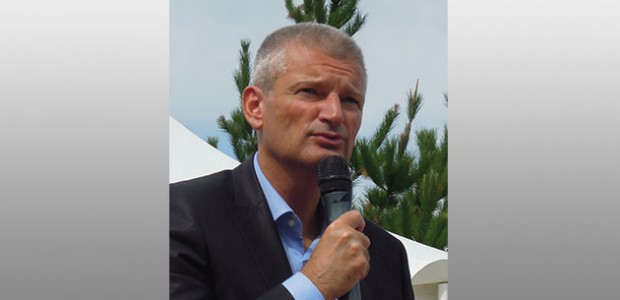 Le député de la Rochelle île de Ré Olivier Falorni revient sur les sujets locaux : autoroutre, ferroviaire, loi NOTRE3Z, taxe mouillage) et nationaux (euthanasie, djahadisme...)