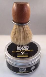 Set du barbier : savon de rasage au lait d'ânesse, Savonnerie de Ré