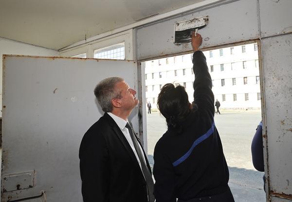 Olivier Falorni se préoccupe de la radicalisation des détenus en prison. © Xavier Léoty