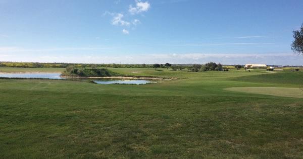 Le golf de Trousse-Chemise, 9 trous aux Portes-en-Ré