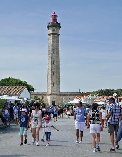 Saint cl ment une attractivit touristique tr s forte - Office du tourisme saint clement des baleines ...