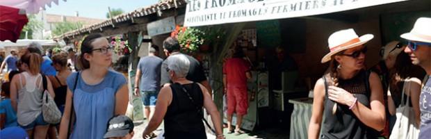La Flotte : marché ouvert en fin de semaine, aide aux personnes isolées