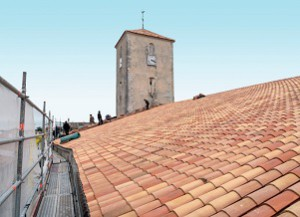 Olivier Tradition, couvreur sur l'île de Ré à Ars, assure les travaux sur la toiture de votre maison