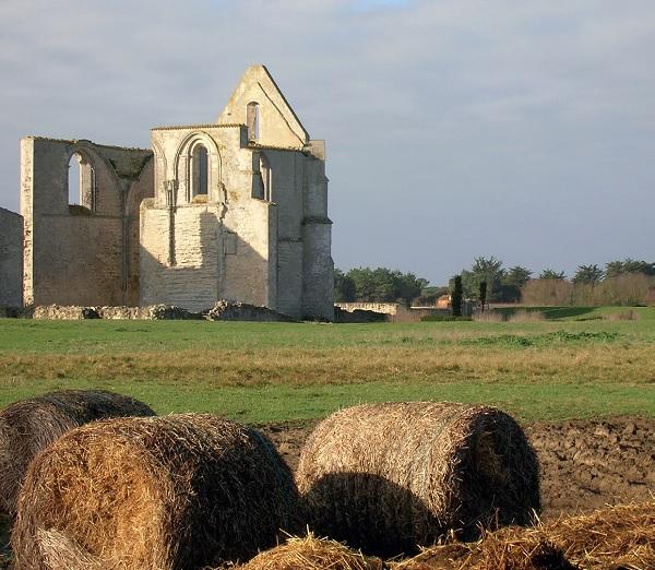 L'Abbaye des Châteliers, trésor touristique de La Flotte en Ré. © Mairie de La Flotte