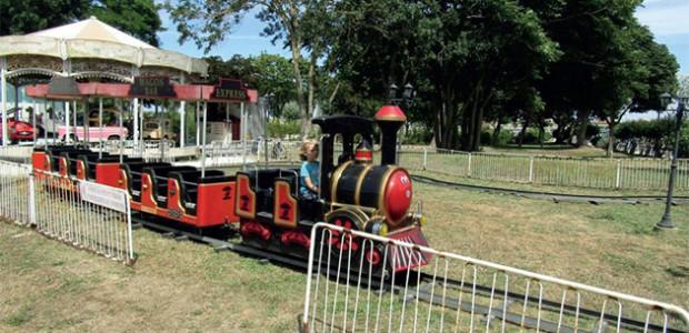 La locomotive au parc de la Barbette (Sty Martin, île de Ré) : une activité géniale pour les enfants