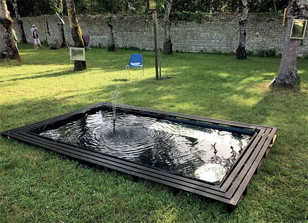 Jeux d'eau et de miroirs - Lucy Schlumberger. arts actuels à St Martin