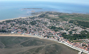 Une belle vue aérienne de Rivedoux