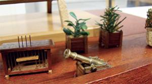 Bailles de transport des plantes de l'expédition Nicolas Baudin. Maquettes de Pierre Rivaille. Musée Ernest- Cognacq, ville de Saint-Martin.