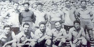 Photo historique de l'ESSM : l'Equipe championne du Centre-Ouest 1950-1951 (DR / Archives Ré à la Hune)