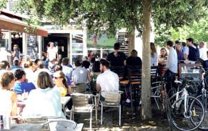 Le centre village de Loix, lieu de charme, de commerces et convivialité