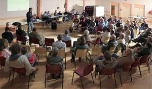 En présence d'élus et d'experts, la réunion publique a su fédérer les insulaires autour d'OSS 17.