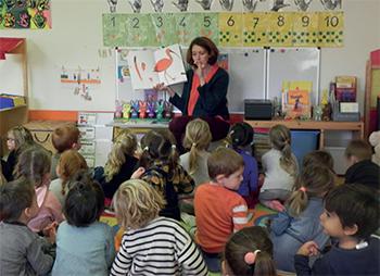 Isabelle Simler a réalisé un travail à la fois ludique et pédagogique avec les maternelles de Loix/Ars.