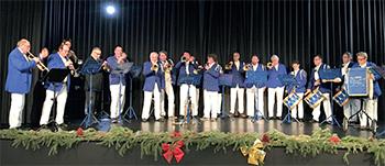 La fanfare dynamise la traditionnelle cérémonie des voeux.